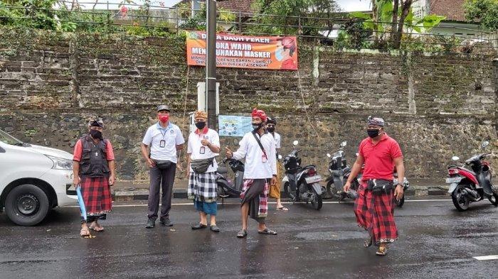 Pelanggar Dihukum 10 Kali Push Up, Desa Adat Kota Tabanan Terapkan Sanksi Jika Tak Pakai Masker