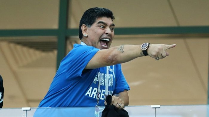 Cerita Diego Maradona Makan Daging Mentah Selama 1 Minggu Sebelum Lawan Real Madrid