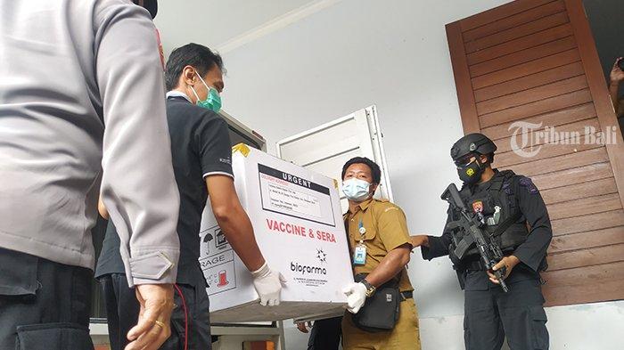 Vaksin Covid-19 Tiba di Klungkung Bali, Dikawal Ketat Kepolisian