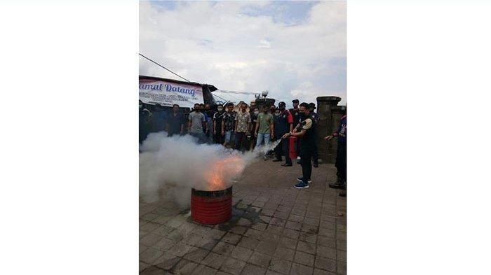 Belum Semua Kantor Desa dan Kelurahan di Buleleng Miliki Alat Pemadam Api Ringan