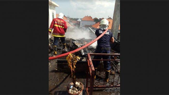 Diduga Karena Korsleting Listrik, Satu Pelinggih dan Gudang di Lantai 3 Milik Warga Badung Terbakar