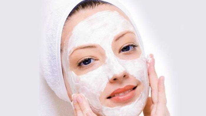 Ilustrasi pakai masker wajah.