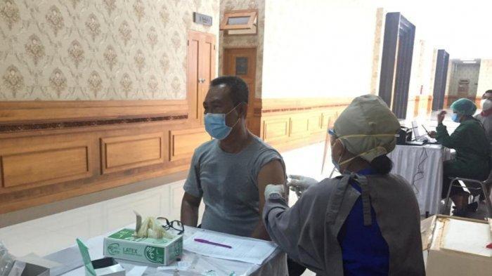Jadwal Vaksin Covid-19 Untuk DPRD Badung Bali Tidak Dibatasi