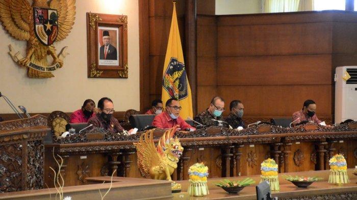 DPRD Bali Gelar Sidang Paripurna, Agendakan Pandangan Gubernur Atas Pandangan 5 Fraksi Terkait BUPDA
