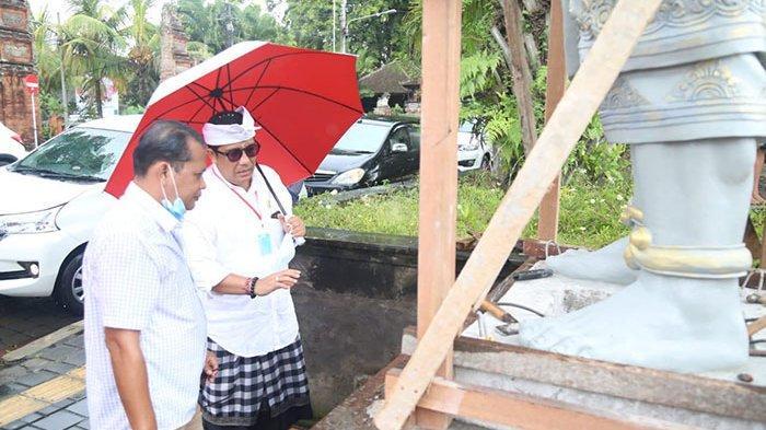 Komang Sanjaya Jadi Inisiator Pembangunan Patung Gajah Mada dan Kebo Iwa di Taman Kota Tabanan