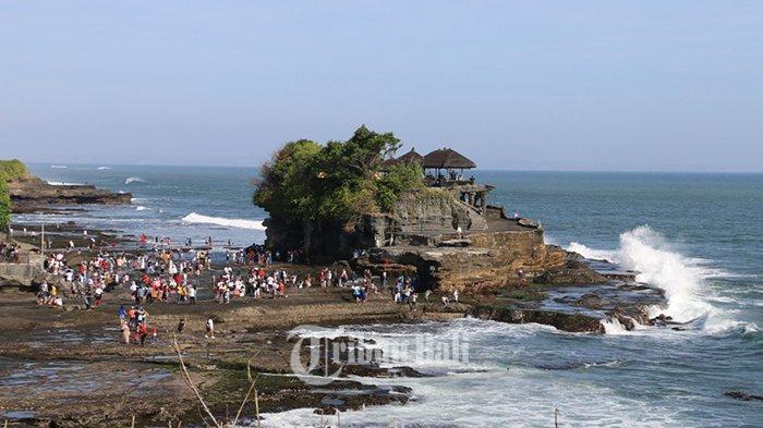 Kunjungan Wisatawan Tembus 14.427 Sehari, Keamanan di DTW Tanah Lot Diperketat