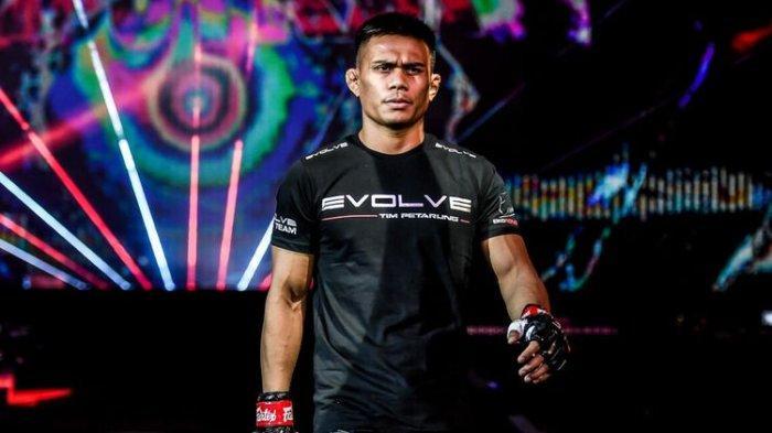 Petarung MMA Indonesia Pukul KO Lawannya hanya dalam 10 Detik