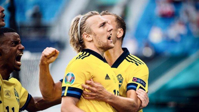 Bintang Swedia ini Belajar pada Ronaldo Hanya dari Video, Sekarang Jadi Kebanggaan Negaranya