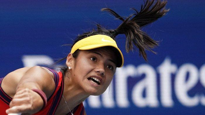 Petenis Remaja Emma Raducanu Melanjutkan Mimpinya di US Open Setelah Kandaskan Rogers