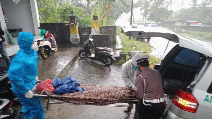 Tabrak Minibus di Selemadeg Tabanan Bali, Putu Sri Tewas di TKP