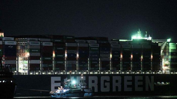 Terusan Suez: Buritan dan Kemudi Kapal Ever Given Sudah Bisa Bergerak Sedikit