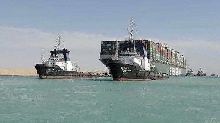 Kapal Ever Given Tertahan Lagi di Danau Buatan Suez, Harus Bayar Denda Rp 14,5 Triliun