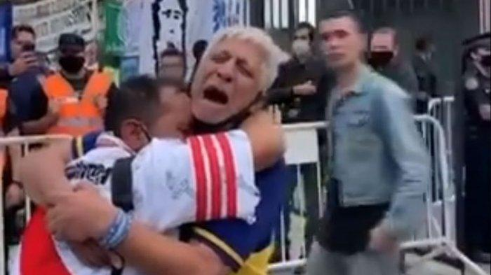 Duka Maradona Satukan Rivalitas Fans River Plate dan Boca Juniors, Berpelukan dalam Isak Tangis