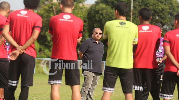 Yabes Tanuri Minta Bali United Berjuang Lawan PSS Sleman: Permainan Lawan Persela Kurang Cantik