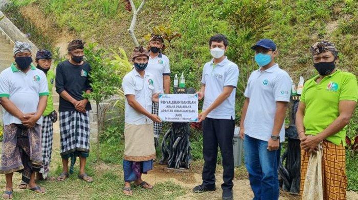 ITDC Salurkan Bantuan Sarana Penerapan Prokes ke Desa Wisata Pinge Tabanan