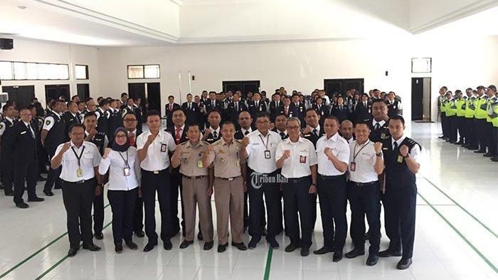 Gagalkan Upaya Penyelundupan,Personel Avsec Bandara Ngurah Rai Terima Penghargaan dari BKIPM