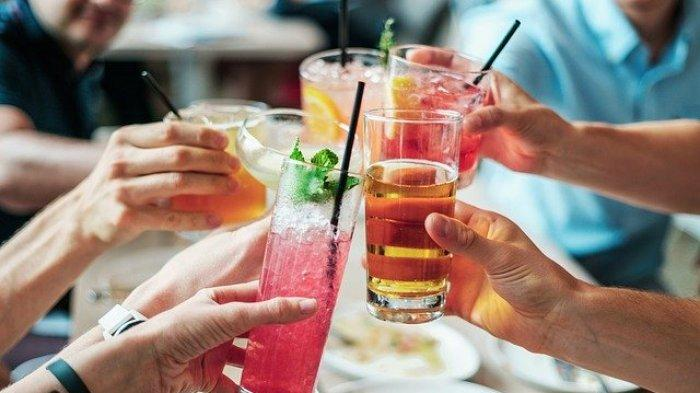 5 Minuman Ini Sebaiknya Dihindari Saat Berbuka Puasa dan Sahur