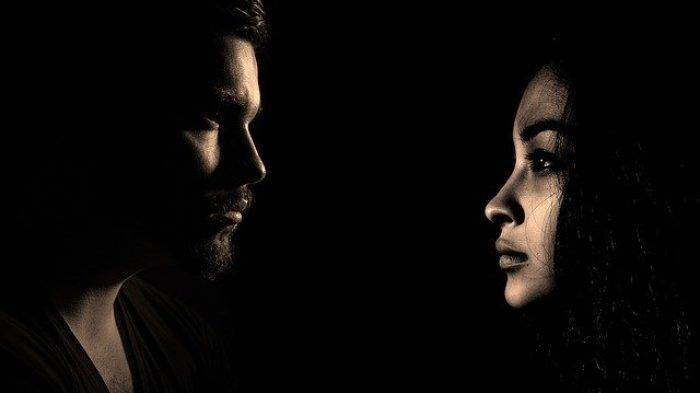Sering Ceritakan Keburukan Pasangan ke Orang Lain? Inilah Tanda Toxic Relationship