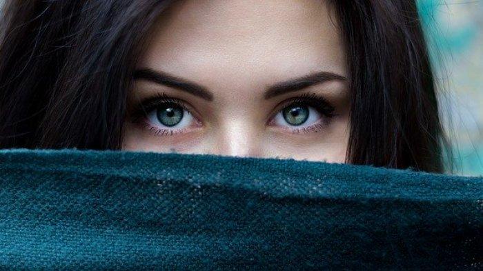 Ingin Memiliki Bulu Mata Panjang dan Sehat?, Coba Konsumsi 7 Makanan Ini