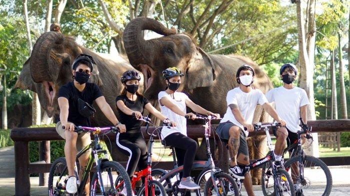 Serunya Gowes Keliling Bali Zoo, Segini Harga Tiket Masuknya