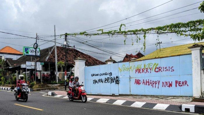 Muncul Tulisan dan Gambar Bernada Kritik, Bupati Suwirta Berencana Wadahi Seniman Mural Berkreasi