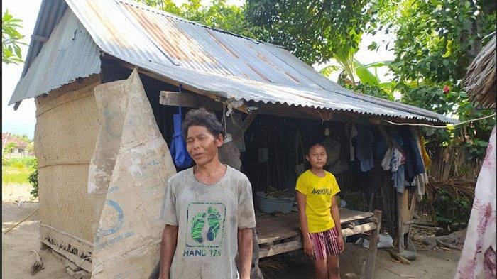Kisah Keluarga Budiasa Tinggal di Gubuk Reyot di Buleleng, Tak Punya Jamban, Buang Air Harus di Kali