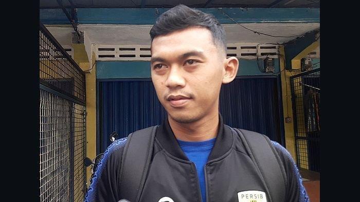 Sosok Gelandang Lokal Persib Bandung Abdul Aziz, Punya Talenta, Siap Bersaing dengan Klok dan Rashid