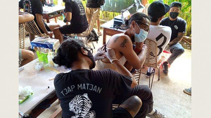 Wadah Para Seniman Tattoo, Geng Tattoo Nusa Penida Gelar