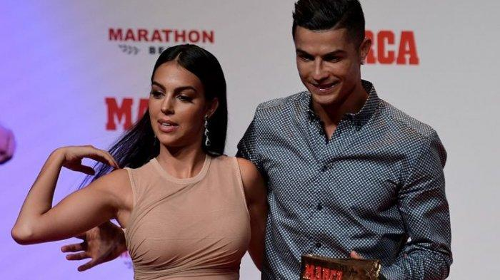 Di Balik Toerhan 101 Gol, Cristiano Ronaldo Dikabarkan Lamar Georgina Rodriguez Duluan
