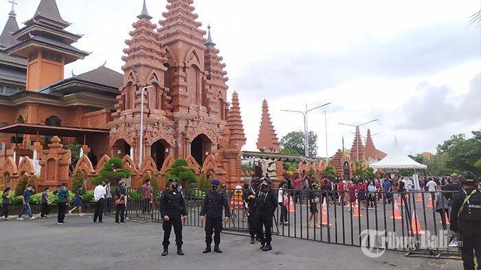 Sempat Khawatir Pasca Bom di Makassar, Pihak Gereja Katedral Denpasar Pastikan Aman