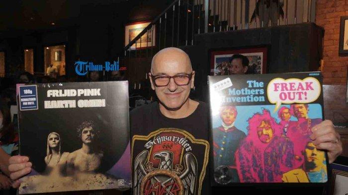 Bernostalgia Rilisan Fisik di Record Store Day Kuta Bali, Gilles Roy Pamerkan Koleksi Tahun 70-an