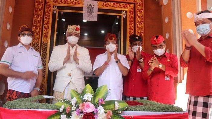 Resmikan Gedung Majelis Desa Adat Tabanan, Koster Minta MDA Serius Layani Urusan Adat di Bali