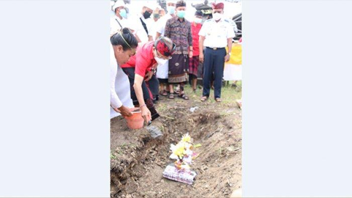 Gubernur Koster Letakkan Batu Pertama Pembangunan Pelabuhan Penyeberangan Bias Munjul Nusa Ceningan