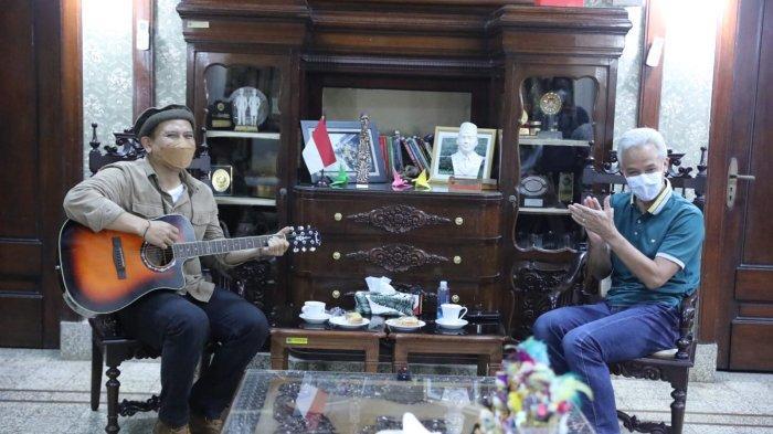 Gubernur Ganjar Pranowo 'Digeruduk' Fadli Padi Reborn dan Komunitas Merpati Kolong