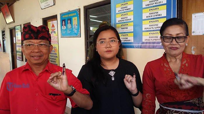 Gubernur Koster Ajak Istri dan Anak Pertama Nyoblos di Buleleng, Begini Harapannya di Pemilu 2019