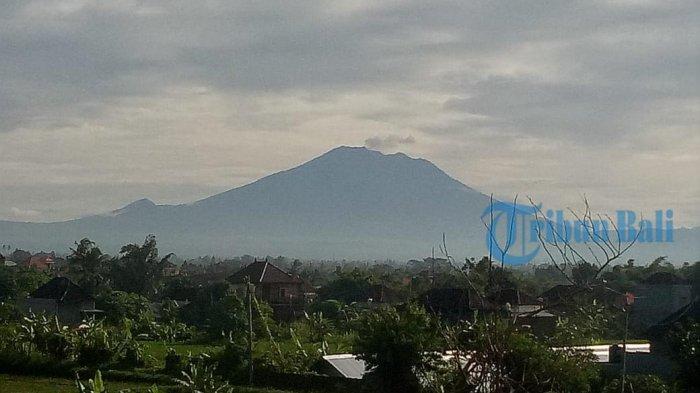 Aktivitas Gunung Agung Meningkat Seminggu Terakhir, PVMBG Sebut Sejuta Meter Kubik Magma Bergerak