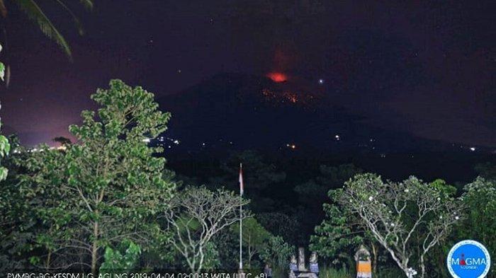 Hujan Abu Vulkanik Terjadi di Beberapa Wilayah Karangasem Pasca Erupsi Gunung Agung Dini Hari Tadi