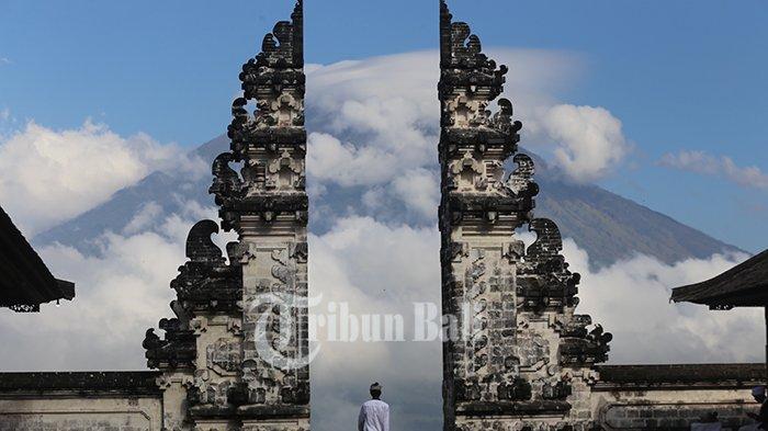 Bagi Umat Hindu Bali, Magma Dianggap Sebagai Leluhur, Bagaimana Dengan Tradisi 'Mendak' Lahar?