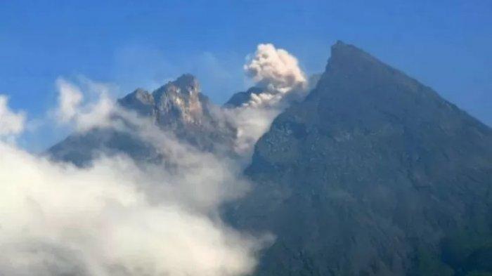 Gunung Merapi Mengalami 46 Kali Gempa Guguran di Awal Pekan, Sleman Perpanjang Tanggap Darurat