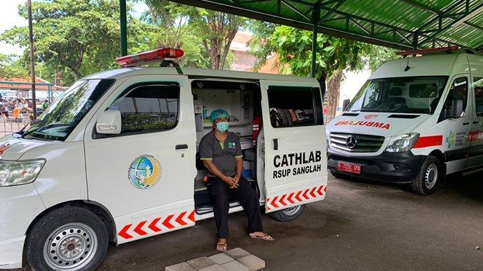 Suka Duka Sopir Ambulans di RSUP Sanglah Denpasar, Mengantar Pasien Covid-19 Wajib Pakai APD Level 3