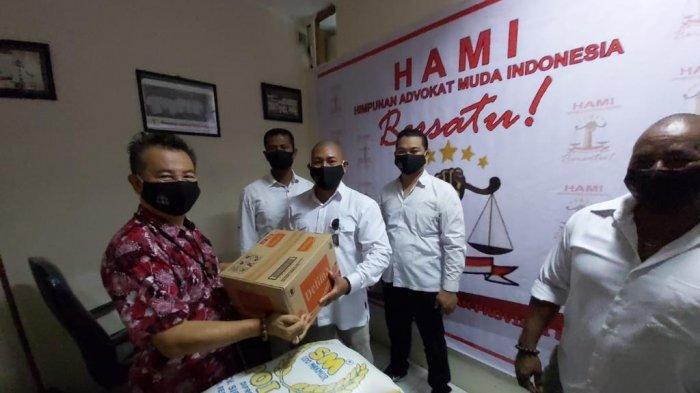 Persatuan Tuna Netra Indonesia di Bali Mendapat Donasi Pandemi Covid-19 dari HAMI