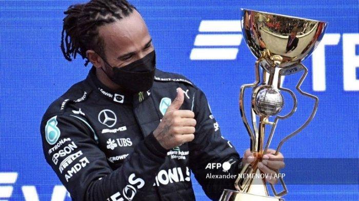 Bertarung Sengit di GP Russia, Hamilton Merangkak ke Pucuk Kelasmen