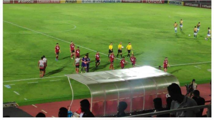 Hasil Babak Pertama, Bali United Kecolongan Oleh 10 Pemain Than Quang Ninh