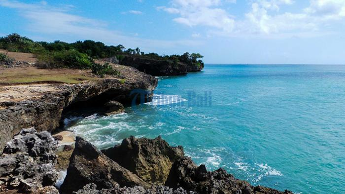Indahnya Honeymoon Beach yang Tersembunyi di Jimbaran, Banyak 'Goa Karang'