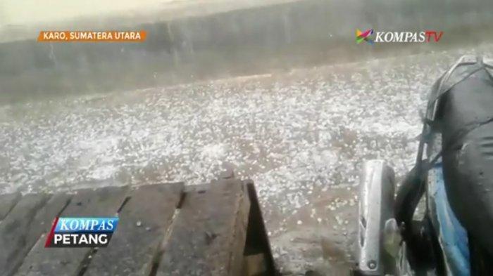 Desa Tista Buleleng Diguyur Hujan Es