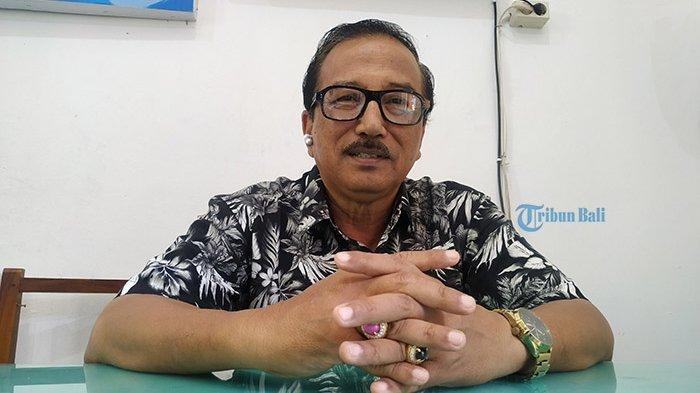 Hidup Serba Terbatas, Jauh dari Kampung Halaman, Kisah Sugiana Mengajar di Nusa Penida Tahun 1970an
