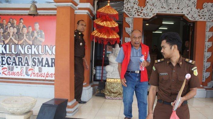 Jalani Pelimpahan Tahap II, Nata Wisnata Tak Didampingi Anggota Keluarga