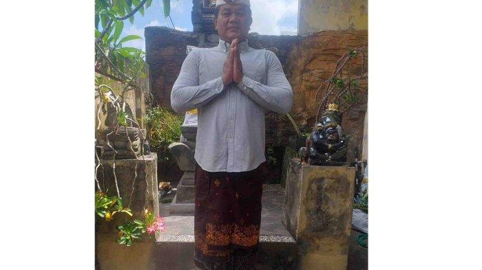 I Nyoman Nuarta selaku Ketua DPD HPI (Himpunan Pramuwisata Indonesia) Bali