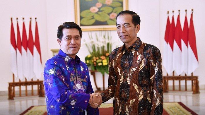i-nyoman-suwirta-bersama-presiden-jokowi.jpg
