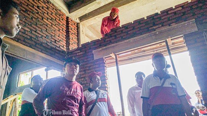Pembangunan Puskesmas Pembantu Molor,Suwirta Curigai Rekanan Proyek